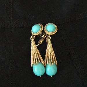 Vibtagw Blue and gold Avon clip on earrings.
